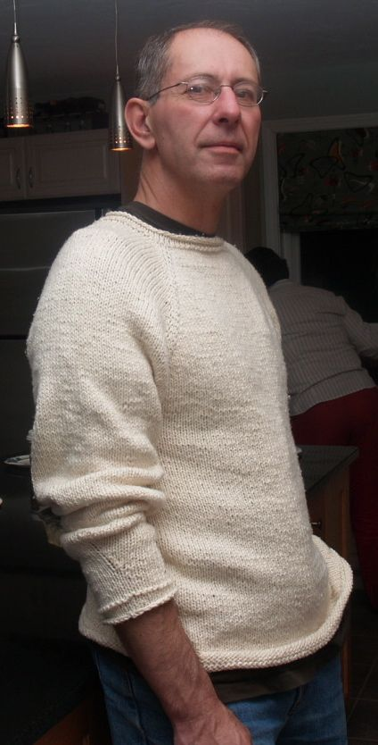 free Pattern.  Blue Alvarez Designs.  It comes in 9 sizes (XXXS-XXXL) and is sure to be a favorite of any man, woman, or child that you knit it for.