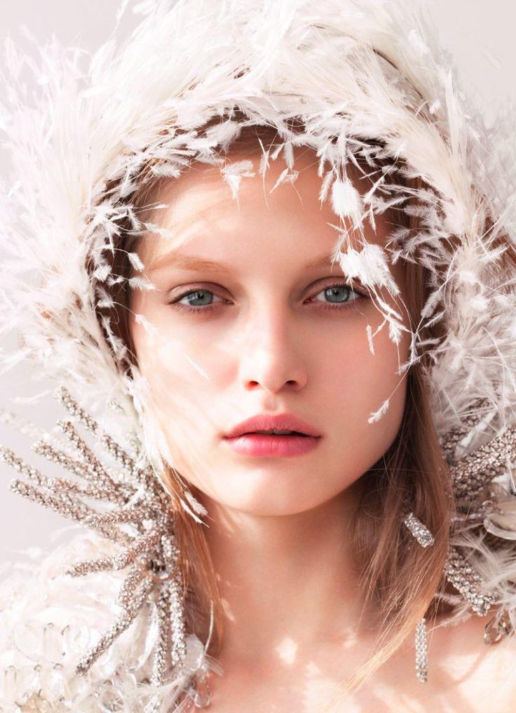 .Winter Wedding, White, Medium Hair, Felix Lammers, Feathers, Nature Beautiful, Winter Brides, Fairies Tales, Snow Queens