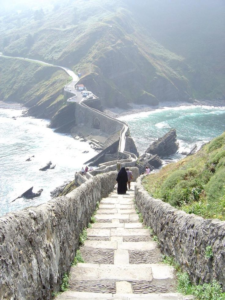 .Gaztelugatxe is a tiny island on the coast of Biscay belonging to the municipality of Bermeo, in Basque Country (Spain). It is connected to the mainland by a man made bridge