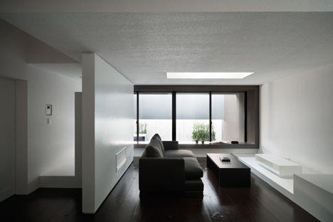 dzn_Gable-House-by-FORM-Kouichi-Kimura-Architects-5