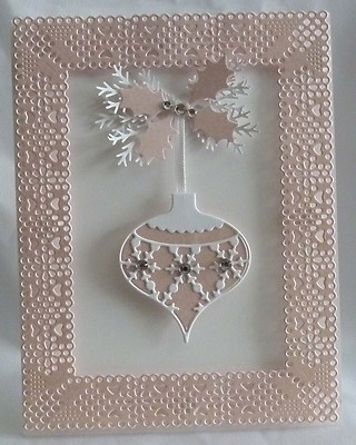 memory box ornament die christmas card