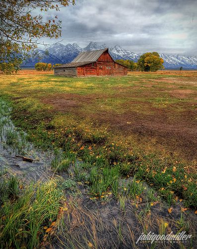 Moulton Barn, Grand Teton National Park, Wyoming | Jaki Good Miller