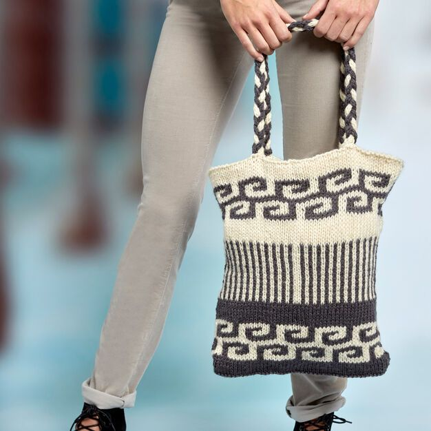 Fendi Spring Fashion Show Details The Impression
