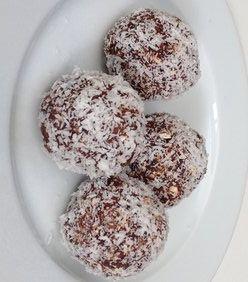 Homemade bliss balls or protein balls