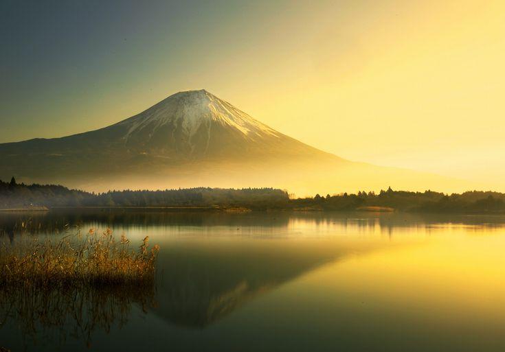 Good morning Mr. Fuji by Noriko Nagaiwa on 500px