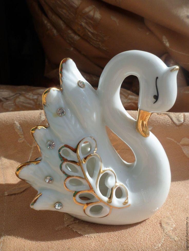 Купить СТАТУЭТКА БЕЛЫЙ ЛЕБЕДЬ - белый, статуэтка, фарфоровая статуэтка, памятный подарок, памятный сувенир