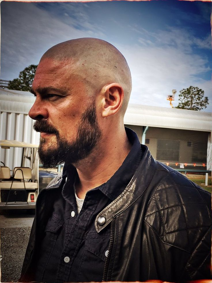 Karl Urban's Look as Skurge in THOR: RAGNAROK: Check out the new look for Karl Urban as he gets set to play Skurge… #ThorRagnarok #Marvel