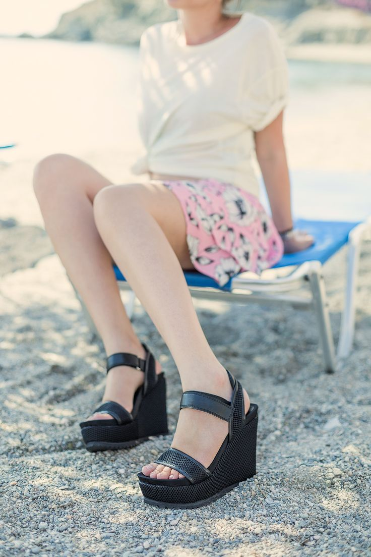 Dani Black Platforms S/S 2015 #Fred #keepfred #shoes #collection #mesh #fashion #style #new #women #trends #high #black #platfoms #wedges