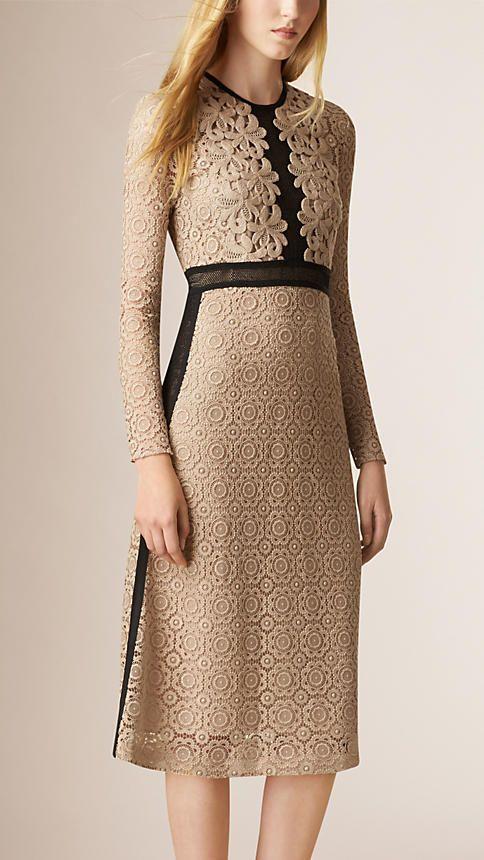 Nude Vestido de mescla de algodão com recortes de renda e malha translúcida - Imagem 1