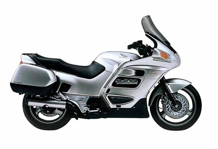 Honda ST1100 Pan-European- The World's Most Perfect Motorcycle?    http://1.bp.blogspot.com/_DCTbRh654mQ/TFebT60UUVI/AAAAAAAAAEU/i4xqc9roMX0/s1600/Honda_ST1100_paneuropean_1981.jpg