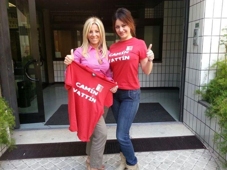 """CLAUDIA CARBONARA - Le T-shirt """"Camìn Vattìn"""" sono in vendita presso il negozio BIDONVILLE Via Melo 224 a Bari - tel. 080-9905699 (consegna in tutta Italia e all'Estero con spedizione postale)"""