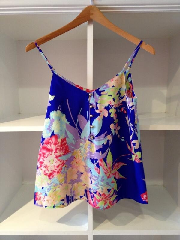 Yumi Kim floral print tank! pretty with white shorts for the summer!