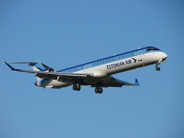 Estonian Air (CRJ-900ER)