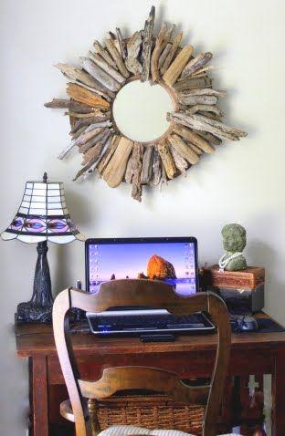espejo decorado con trozos de madera