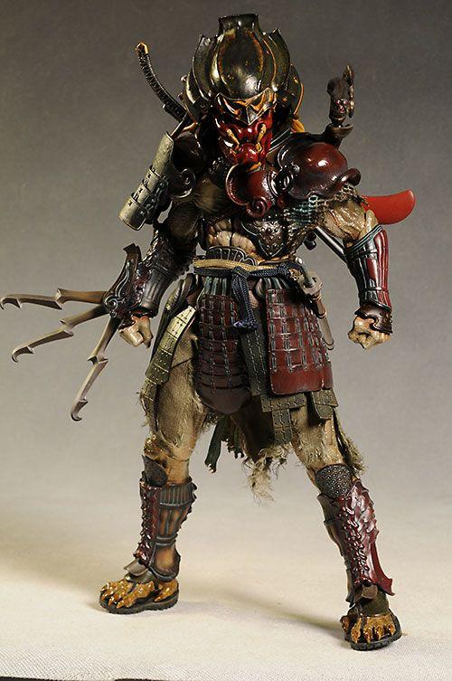 Samurai Predator from Hot Toys - view 2/2