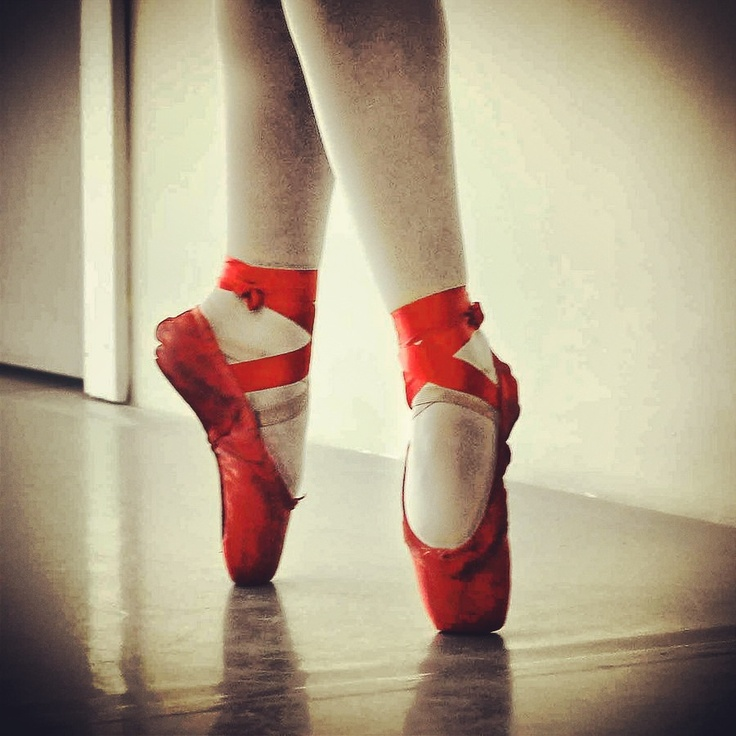 Red pointe shoes | Dance | Pinterest | I wish, Shoes and Red
