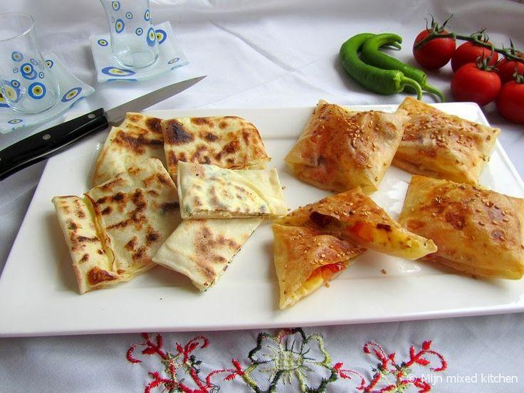 Mijn mixed kitchen: Bohça börek (vierkante opgevouwen börek)