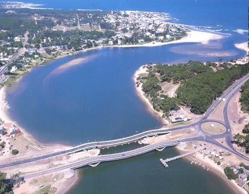 Puente de la Barra, Punta del Este, Uruguay.