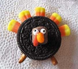 Candy Corn Turkeys so cute! Take an oreo cookie and and place candy corn pieces in the top. 2 pretzels for feet and take apart a candy corn for the face :)
