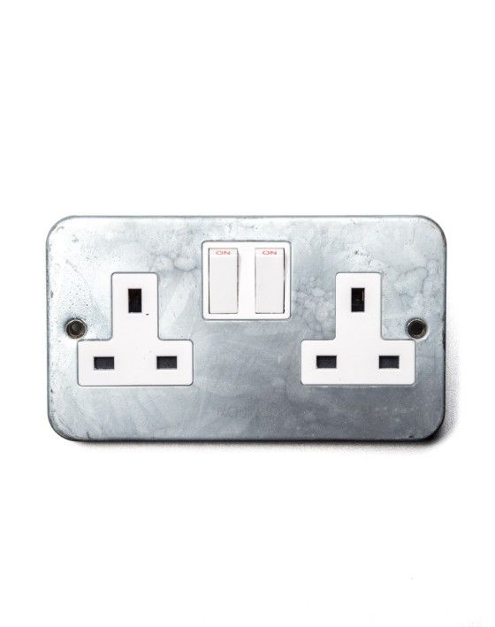Galvanised Double Socket to match Galv Trunking