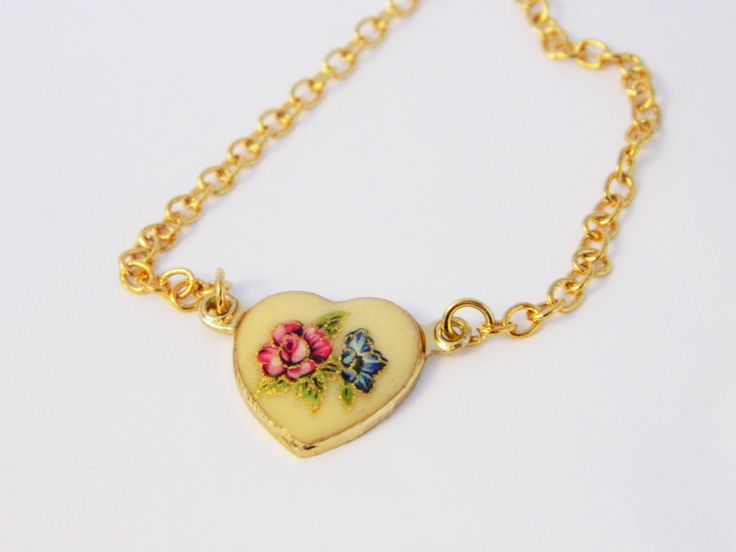 Vintage 1960s Enamel Floral Heart Bracelet with Pink and Blue Flowers on ElleFulton.com. #vtgvalentine