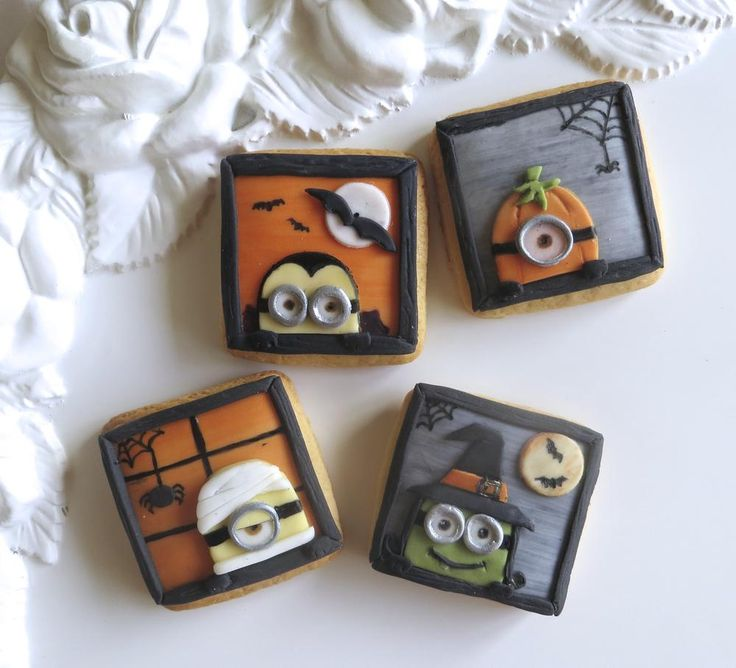 Minion Halloween cookies | Cookie Connection