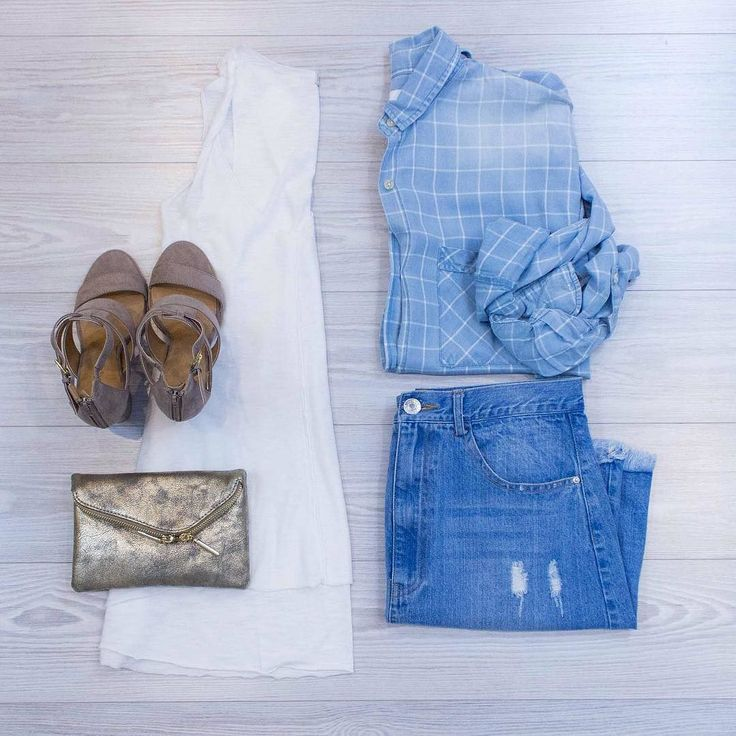 All that's Denim and Gold Add to your outfits with layers and accessories! Come in today to see what we have! Twisted White About Tank $28. online  in-store. Broken in Denim Button Down $48. Online  in-store. Gold Glitz Purse $28. in-store only. Stoney Strap Blocked Heel $42. in-store and online. Karaoke Cut Off Denim Skirt $42. online  in-store. #WearElysianDaily http://ift.tt/2mZomOQ All that's Denim and Gold Add to your outfits with layers and accessories! Come in today to see what we…