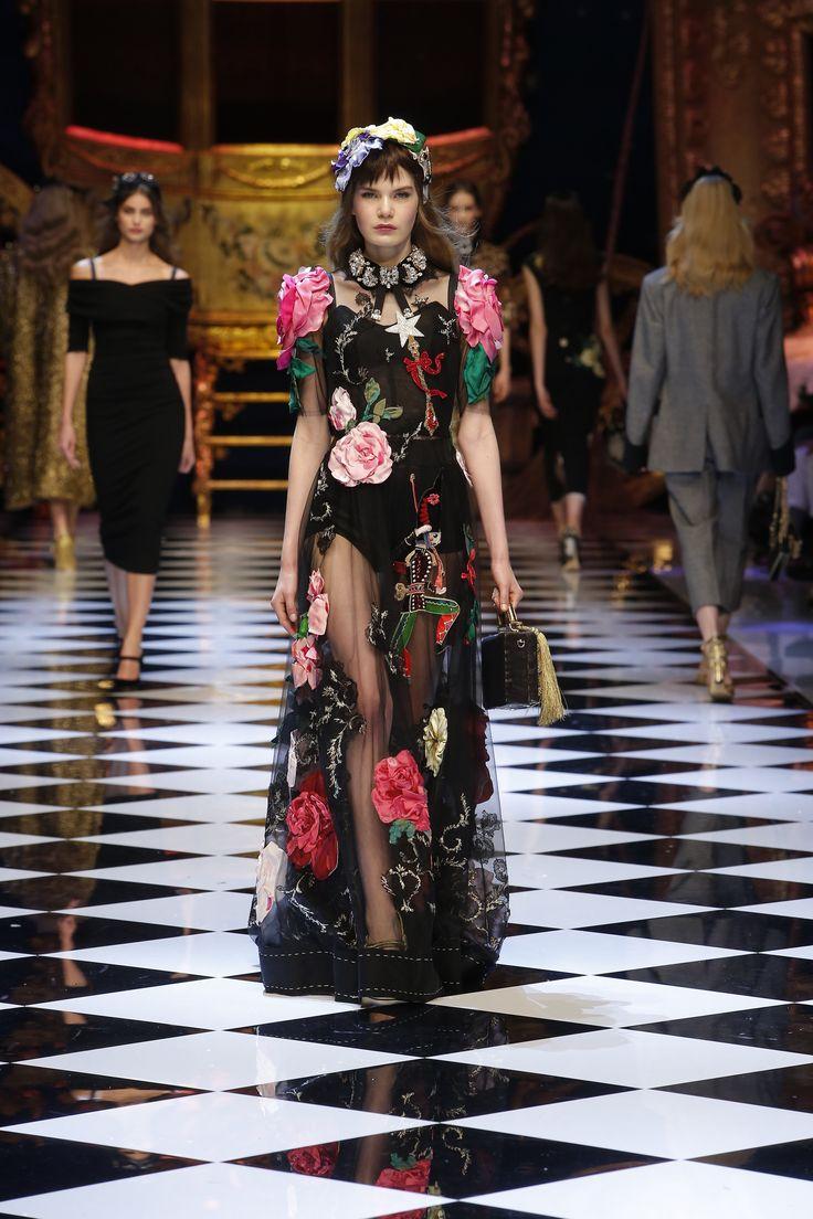 Dolce&Gabbana Women's Fall-Winter 2016-2017. #DGFabulousFantasy