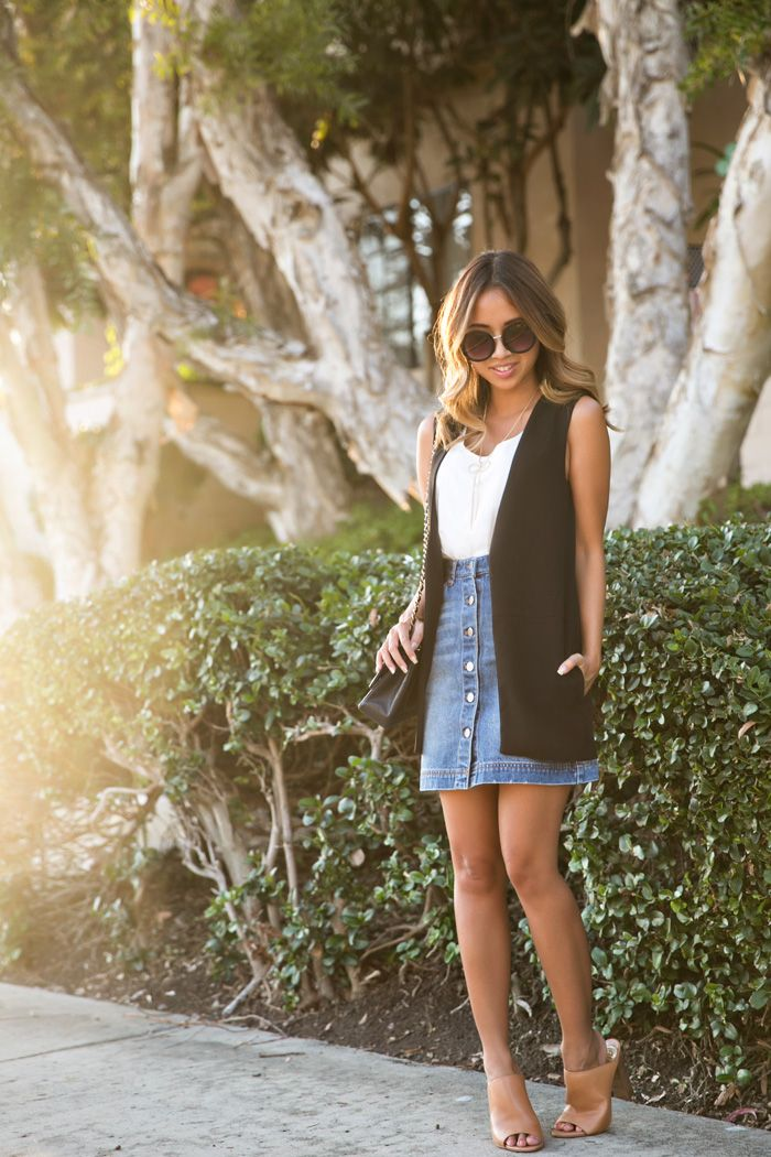 jean skirts comin' in hot with a comeback!