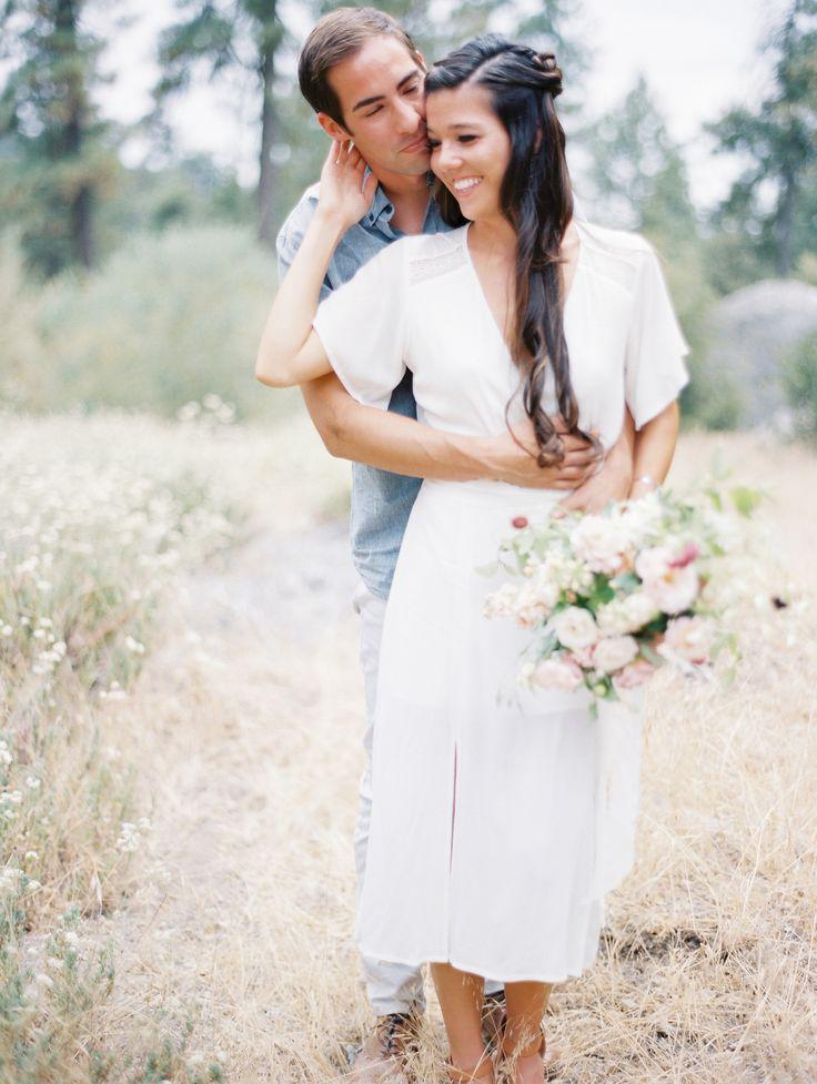 Super sweet engagement | Photography: Natalie Bray Studios