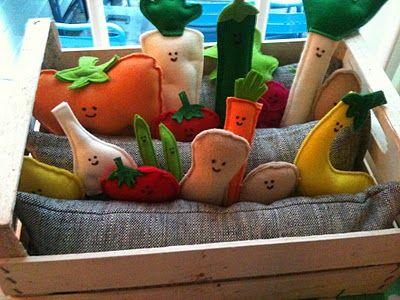 Felt Children's Garden. This is an awesome idea!
