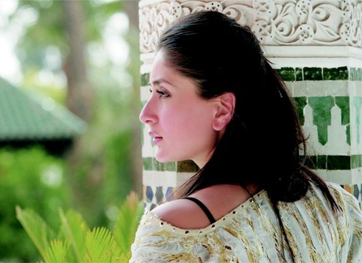 Bollywood Beautiful actress Pics and wallpapers|   Simple but Beautiful Wallpaper