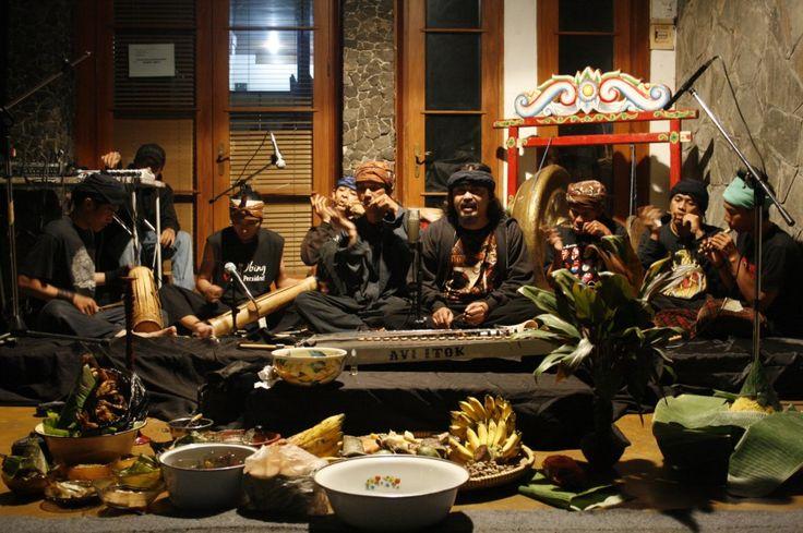 Pasca-Orde Baru: Common Room dan Kehadiran Ruang Alternatif dalam Praktik Seni di Kota Bandung