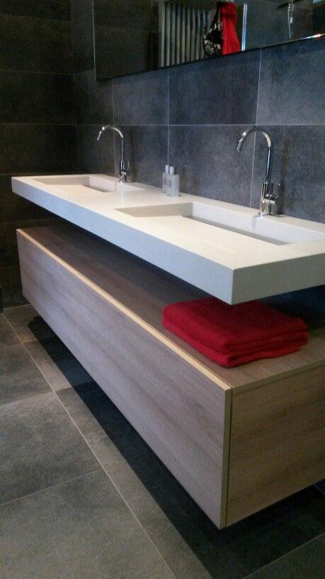 Welbie sanitair top design van assenti superstrakke wastafel met draingoot afvoer in d - Van plan corian ...