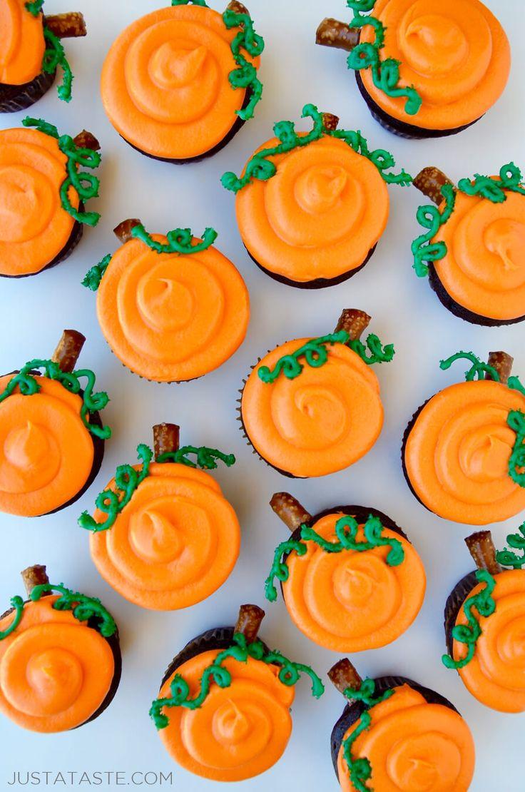 Chocolate Halloween Cupcakes with Cream Cheese Frosting recipe   #Halloween #recipe  justataste.com