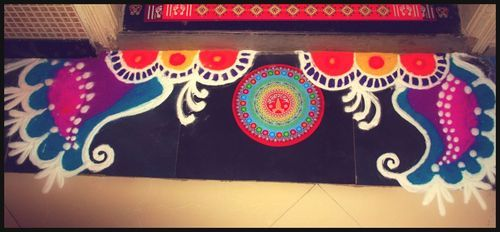 pretty door rangoli