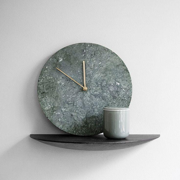 top3 by design - Menu - marble wall clock green