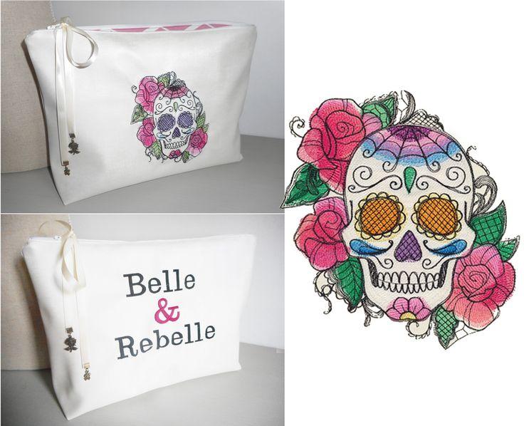 Trousse de toilette blanc nacré simili cuir skull roses 35X25 cm : Trousses par miss-coopecoll