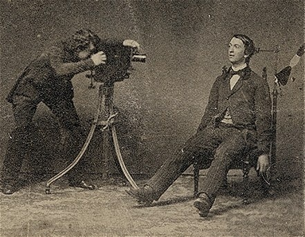 Victorian post-mortem photography, I don't understand why people would do this