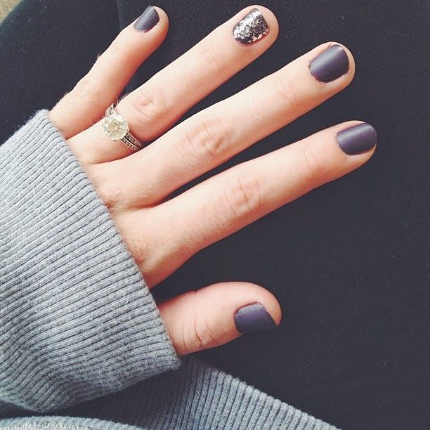 matte nails glitter accent, only like this one, and certainly not to show off my ring... couldn't care less.