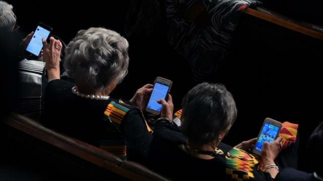 It's always heartwarming to see just how seriously elected Democrats take their jobs. Among the series of photos taken during President Trump's State of the Union speech, Rep. Brenda Lawrence, Michigan Democrat and Congressional Black Caucus member, was busy playing Candy Crush on her phone. Via The Hill: The phones in the photo show the time …