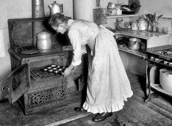 Retro jídelníček na celý týden a recepty na skvělé moučníky (1929)