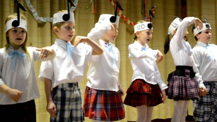 Muzsika hangjai-Dadi iskola farsang 1. osztály