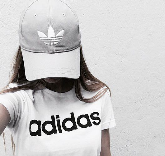 adidas Original Cap in Grau. Hier entdecken und shoppen: http://sturbock.me/9z7