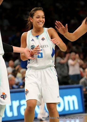 wnba women | leilani mitchell # wnba # women basketball
