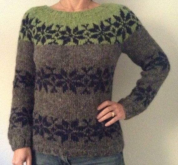 Sarah Lund handmade sweater from The Killing - made from pure Icelandic wool. Here shown in a 3 colored Model - darkgrey Bound, darkblue Stars and apple green Top and in Size M, but you can choose any color you like from the color board (placed under the dark blue/off white sweater) - just write me.  It is possible to order in size S - M - L Fits a chest girth of 84 - 92 - 102 cm
