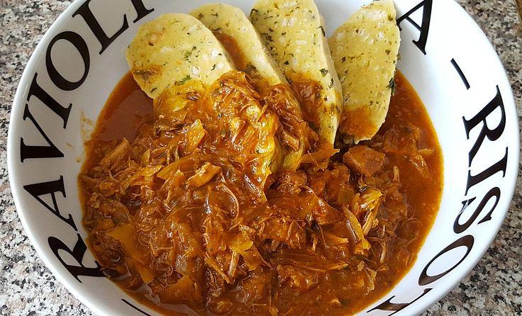 Illes Szegediner Gulasch - köstlich auf ungarische Art, ein leckeres Rezept aus der Kategorie Herbst. Bewertungen: 230. Durchschnitt: Ø 4,5.