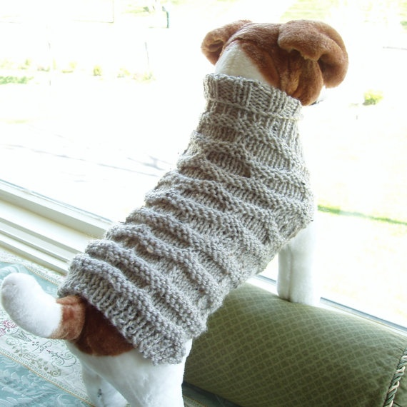 I want a sweater like that! Dog Sweater Hand Knit Honeycomb Medium Wool Blend by jenya2, $38.99