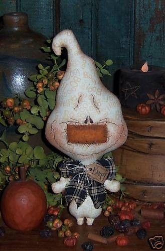 Primitive Ghost Boo Halloween Ornie Doll Pattern 501. $11.95, via Etsy.  Patti's Ratties  :)  so cute!