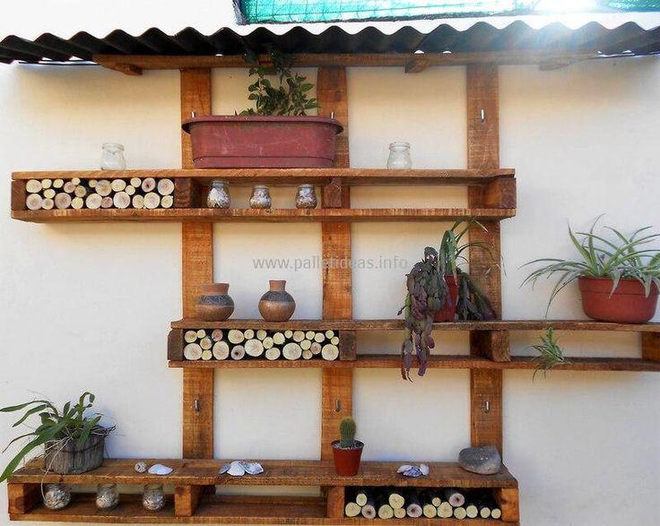 wooden pallets garden wall decor idea